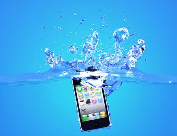 Smartphone-in-Water