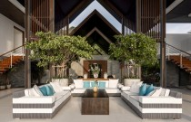 ASPIRE Pick of the Week: Airbnb Gets Swanky With Chateaus and Beach Homes