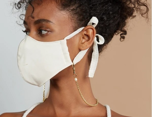 Lady-Grey-gold-plated-mask-chain