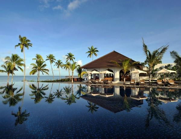 Swimming-pool-The-Residence-Zanzibar