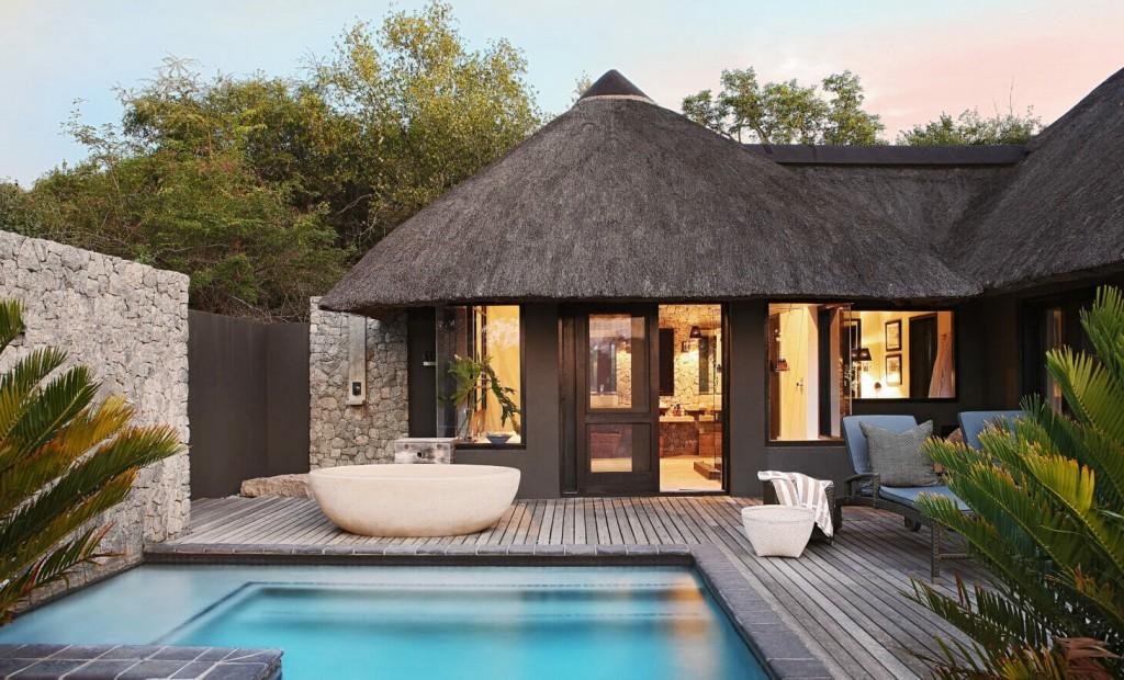 The luxury private granite suites at the Londolozi safari lodge