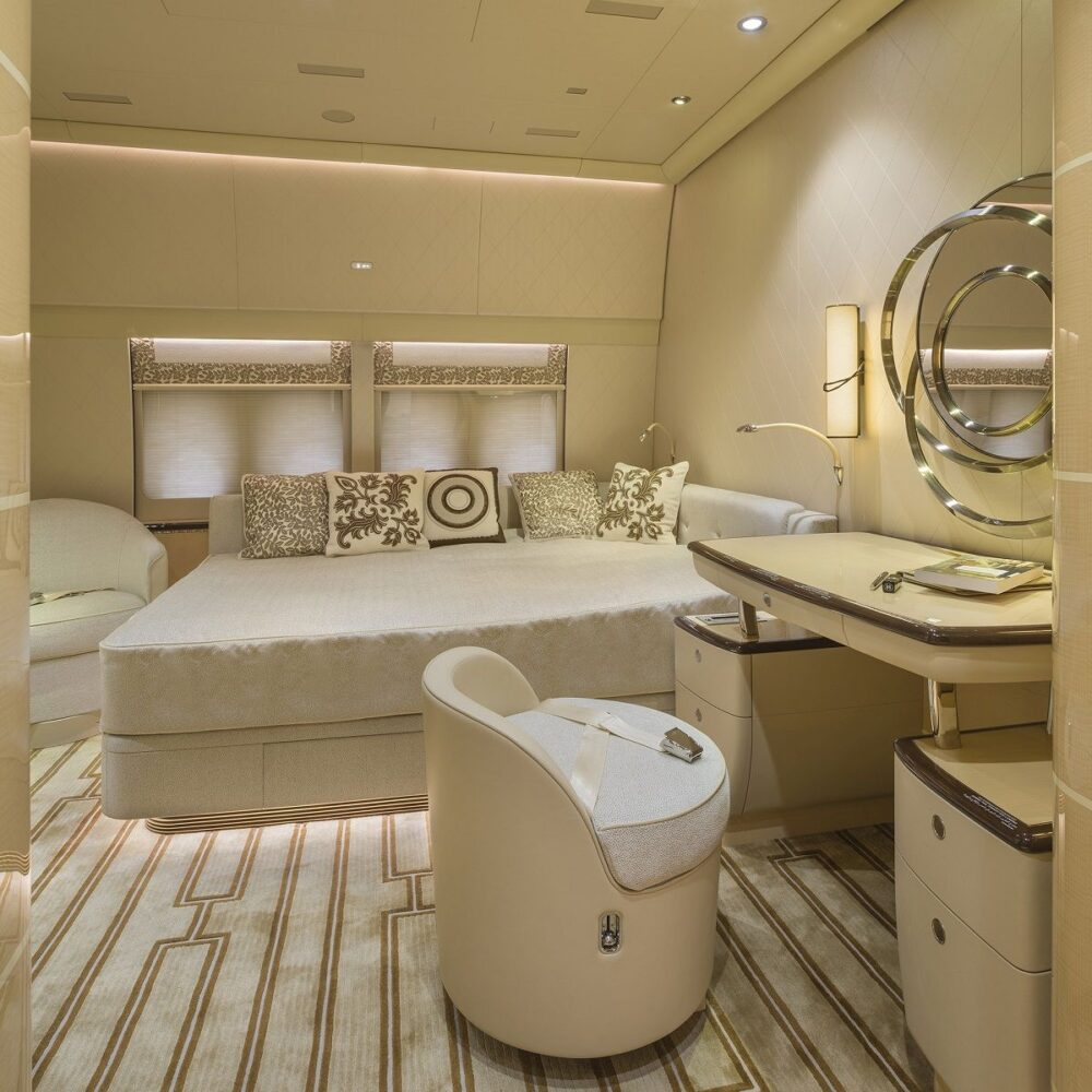 The guest suite of the Boeing 747